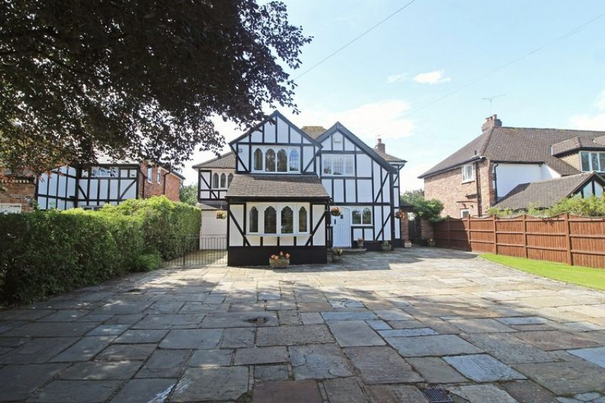 Images for ADLINGTON ( BROOKLEDGE LANE ) EAID:Richard Lowth BID:Richard Lowth & Co